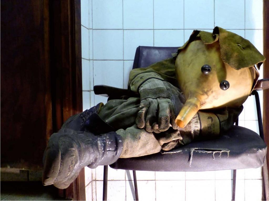 Marionettes - Álvaro Ledesma