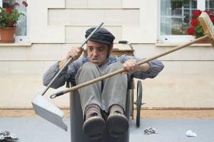 """Cía. de Teatro y Circo Barré: """"Tras la escoba"""""""